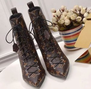 Fashion Luxury Designer Women Boots high quality Star Trail Lace-up Ankle Boots With Leather and heavy-duty soles leisure lady boots 01