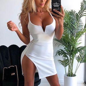 Vente chaude Femmes D'été Sexy Patry Night Club Robes 2019 Spaghetti Strap Profonde Col En V Mini Robe New Evening Slim Sac Fesses Sling Robes