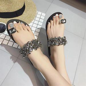 Женщины сандалии Вьетнамки Новый летний моды Rhinestone клинья обувь Кристалл леди Повседневная обувь размер 35-39 Женщины