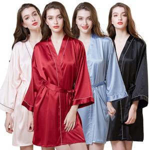 Heiße verkaufende Dame Sleepwear Silk Simulierte Nachthemd-Frauen-Mittellange Hülsen-Morgen-Kleid-Eis-Silk Badekleid-Frauen-Pyjamas-Ausgangskleidung