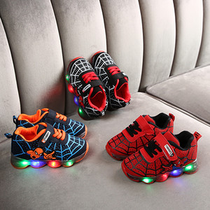 дети кроссовки детских кроссовок мужчины обувь дети бегуны обувь дети Spiderman LED мужчин света девочка мультфильм спортивной обувь для детей