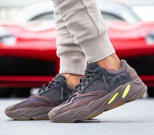 2019 Nouveau 9 7 Hommes Femmes Chaussures de sport avec boîte Top Qualité Kanye West Designer Sneakers