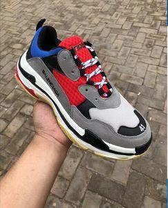 2019 Designer Paris 17FW Triplo s Moda Sneakers homens mulheres de couro branco preto Barato Casual Sapatos Baixos tênis de luxo flange sapato