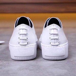 2019 primavera nuevos zapatos blancos de encaje de cuero delantero y trasero de encaje decorativo antideslizante vertical blanco zapatos casuales m189601