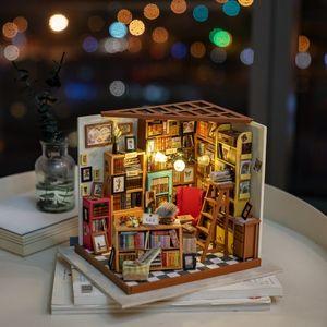 Rolife Decoración para el hogar Estatuilla Diy Sam Sala de estudio Kits de modelos de madera en miniatura Casa de muñecas Christamas regalo para los niños Dg102 Y19062704