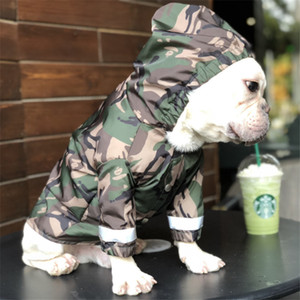 Pet Dog Roupa Impermeável para o revestimento Big Dogs Camouflage Waterproof Roupa Raining Dog Chuva Costumes exteriores francês