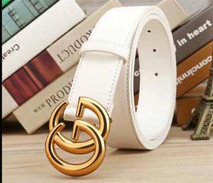 Modische Produkt weibliche Gürtel, hervorragende Stilisten Gurt, neue Art Gürtelschnalle modisches weißes Keramik reale Leben hd Bild ist schön