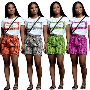 스네이크 스킨 프린트 섹시한 2 피스 복장 여성 디자이너 반팔 티셔츠 + snakeskin 반바지 Summer Sweat Suit 빈티지 매칭 세트 C7505