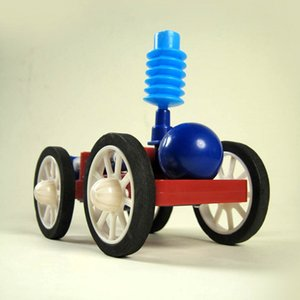 DIY Science Small Making Modello sperimentale Air Compressed Power Vehicle per Teenagers