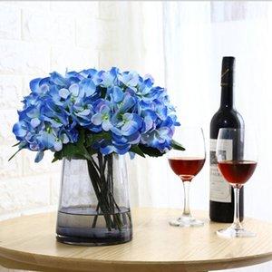 신부 꽃을 들고 인공 수국 홈 장식 화병 꽃 배열과 인공 꽃 도매