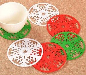Hot 3 color 10 cm ronda de navidad de la nieve de la estera de la tabla de crochet posavasos de navidad zakka doilies taza almohadilla accesorios para decoración de la mesa SN2271