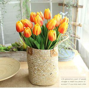 46cm Lungo 9 colori ramo Tulipano fiore artificiale Pu Latex Artificiale Bouquet Real Touch Fiori per la cerimonia nuziale Fiori decorativi Ghirlande