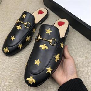 Clássico Designer de Metal Fivela de Chinelos de Couro Macio Loafer De Couro de Luxo Dos Desenhos Animados Metade Chinelos de Moda de Luxo Senhoras Sandálias Deslizamento Em BEE