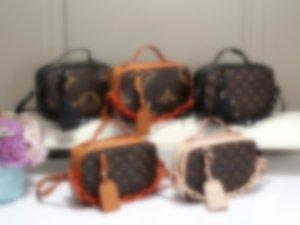 Fashion Bags TotesNew fashion bag designer handbag shoulder bag, luxury woman handbag bag, top quality, free delivery 136