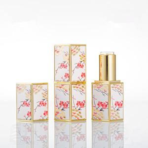 Leeres Lippenbalsam-Rohr 12.1mm Leere chinesische nachfüllbare Compacts Leere Pflaumenblüte 3D-Druck-Lipbalm-Behälter