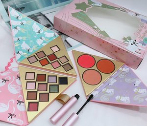 DropshippingNew Faced Christmas set gift Under the Christmas Tree contains Two eyeshadow set and One blush set with better than sex mascara
