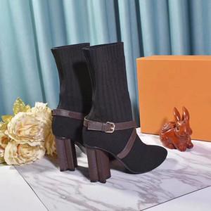 Moda kalitesi örgüsü çorap patik Kadınlar Tasarımcı Boots Kar Örme Kadınlar patik Casual Martin Boots Toptan Bayanlar Kış Çizme Boyut