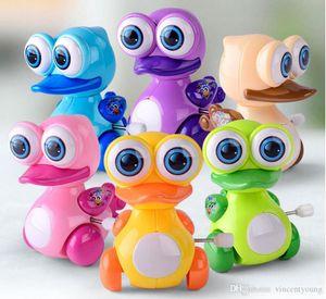 Kids Classic Clockwork finger Toys Wind-up toy Cartoon Animal Frog duck Giraffe Dinosaur Car Novelty best Gift for baby Kids Mix Designer