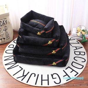 Logo Bee Bordados Stripe Doghouse Can desfazer e lavar Moda Comfort Pet Waterloo Pad Outono Inverno Popular Pet House Cushion