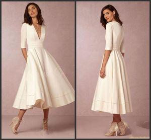 2019 New Vintage Tea Length Short Wedding Dress with Sleeves Vestido de noiva curto Sexy Deep V Neck Summer Beach Bridal Gowns 1179