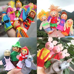 4pcs / set Cappuccetto Rosso Finger burattini per bambini Storytelling animali peluche Bambole Giocattoli per bambini Fiaba Story mano Puppets