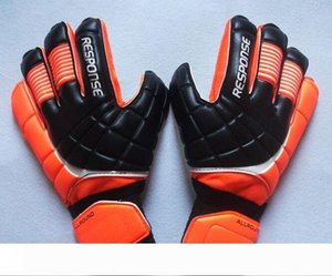 New Soccer Goalkeeper Gloves Finger Protection Professional Men Football Gloves Adults Kids Thicker Goalie Soccer Gloves Fast Shipping