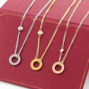 2019 LOVE Circle Pendant Collana in oro rosa color argento per donna Collane vintage con bigiotteria con scatola originale