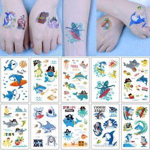 Fumetto autoadesivo del tatuaggio per i bambini Shark pirata Octopus Granchio Tortoise mare animale sveglio di disegno Ocean Moda impermeabile di trasferimento provvisorio del tatuaggio