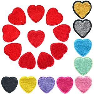 10PCS Cuori Rossi Oro Argento Nero Blu Rosa tessuto del ricamo cucono ferro sulle zone Badge per i vestiti fai da te Appliques decorazione del mestiere Sticker