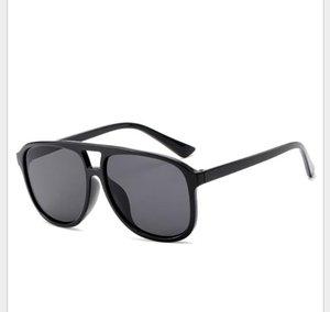 Nouvelles lunettes de soleil pour femmes avec des lunettes de soleil rétro à monture large à double faisceau de couleur jelly et aux couleurs européennes et américaines