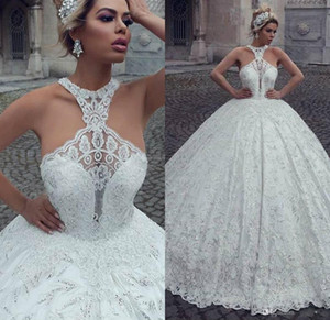 Arabic Luxury Ball Gown Wedding Dresses Halter Lace Appliqued Beaded Sweep Train Brides Dress Custom Made Plus Size Country Bridal Gowns