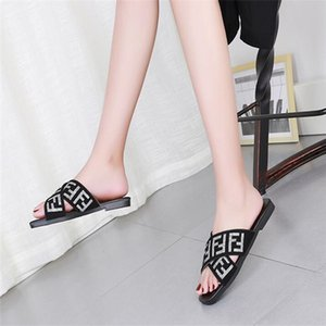 2020 Leadcat Fenty Rihanna Shoes Women man High Quality Slippers Indoor Sandals Girls Fashion Slides