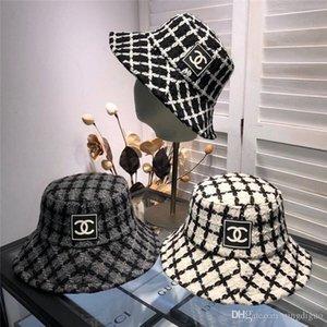 Femmes Seaux chapeaux avec la boîte dustbag filles Lettre large Brim Chapeau Hip Hop Casual sport étudiant Pêcheur Cap