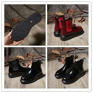 19 autumn and winter new shoes perfect all kinds of foot classic andp fashionable combination outsole new standard