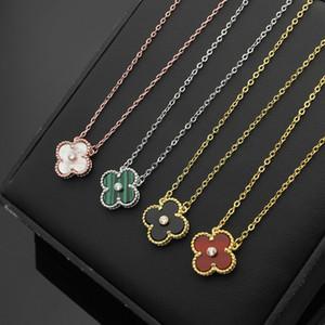 Nuovo arriva Lady Fashion Brass Four Leaf Fiore 18K placcato oro collana con diamante singolo ciondolo onice malachite corniola madreperla