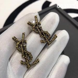 Старинные серьги персонализированные креативные буквы в форме латунированная 18-каратного золота и серебра иглы чистая красная звезда с серьгами серьги ювелирные изделия