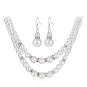 Accessoires pour les cheveux pour les femmes Ensemble de collier de perles chaudes exclusives transfrontalières Collier de perles double couche Dîner tempérament Bijoux sauvages