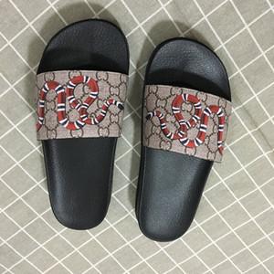 Vendita 35-46 di alta qualità stelle popolari di marca sandali di design all'avanguardia moda hot style di design infradito di uomini e donne pantofola