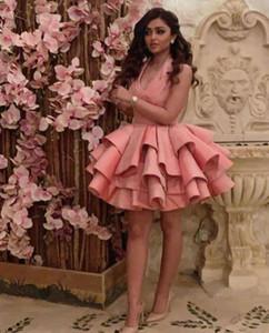 Vestidos de fiesta cortos modestos Halter Satin Sportless Ruffles 2019 Árabe Dubai Vestido de noche barato BORTE PROMOG COCTELAIL BURS CUSTOM HECHO