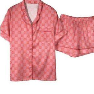 Ретро письмо G унисекс пижамы INS мода печатных мужчин женщин пижамы набор 2 цвета мягкий лед шелк пара ночных рубашек