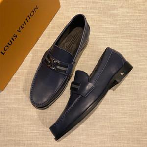2019 hombres de lujo zapatos formales elegantes zapatos Sociales hombres de la manera masculina de terciopelo de los holgazanes únicos zapatos de diseño italiano de vestir Hombres Gris Negro