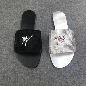 Marca Mujer sandalias de diseño Zapatillas planas de cristal Sandalias de tiras de cuero Playa de verano Chanclas Antideslizante Chanclas para exterior GZ18 EE. UU. 4-10
