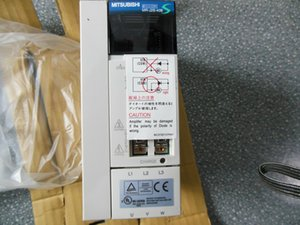 1PC Mitsubishi Servo Drive MR-J2S-40A MR-J2S-40B New In Box Free Expedited Shipping