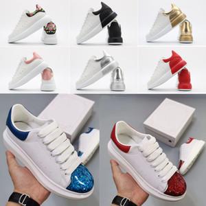 2020 Yeni Glitter Düz Casual Ayakkabı 36-45 Kadın Erkek Deri Platform Ayakkabı Burun Cap Topuklar Glitter Yansıtıcı Üçlü Vintage Platformu Sneakers