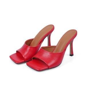 Faux cuir femmes carrés de Kitten Heels Toe Fashion Party Flip Flops 2020 été neuf rouge, noir, beige, modèle de serpent 34-43