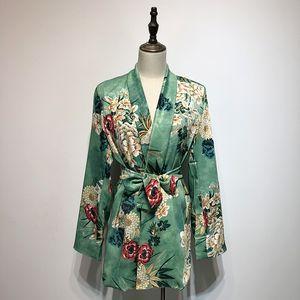 Moda-SHENGPALAE 2019 Primavera Mujer Impresión de flores Manga larga Abrigo suelto Cinturón femenino Traje delgado Cuello vuelto Blusa Abrigo HD495
