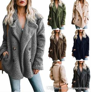 Turn Down bolso Collar Designer Casacos de inverno Mulheres de pelúcia cor sólida Jacket Botões