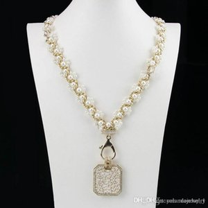 Europe and America Fashion Women Necklace Yellow Gold Plated CZ Pearl Letter Necklace for Girls Women for Party Wedding