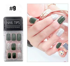 Nails On Kadınlar Parmak Ayrılabilir Yanlış Çiviler Sevimli Tasarımlar DIY için Tırnak İpuçları 12 Stilleri Sahte Tırnak 30pcs / kutu Sıcak Satıcı