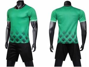 Universidad 2019 juegos personalizados Fútbol parte superior de los hombres con la formación personalizada Pantalones cortos de fútbol ropa traje uniformes kit de desgaste Formación Online